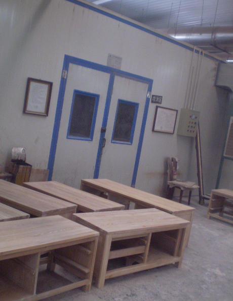 家具工場、ソファー、イス、ベット、テーブル、TVボード